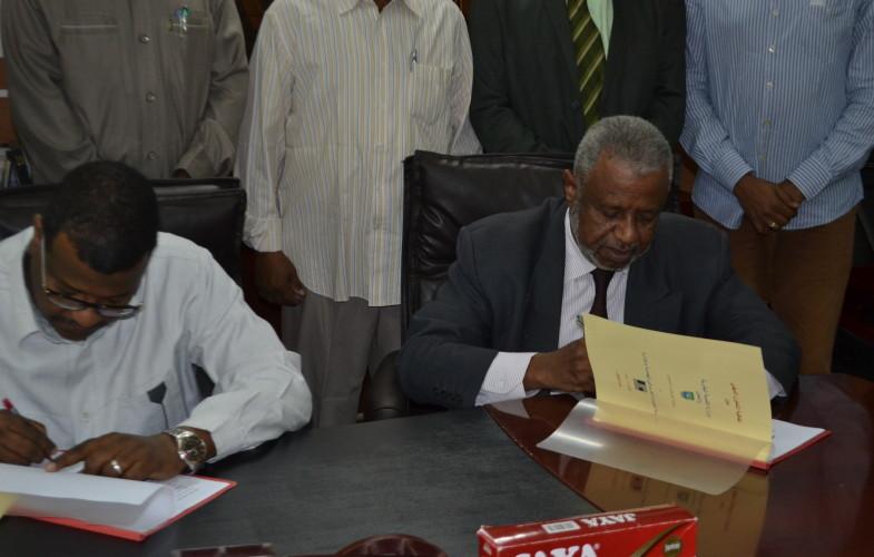 توقيع اتفاقية تعاون بين مؤسسة الخبراء العرب فى الهندسة والإدارة – تيم  و وزارة التنمية البشرية والعمل ولاية الخرطوم
